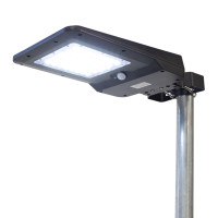 Solar And LED Floodlight 1600 Lumen By Wagan Tech