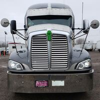 Kenworth T660 Chrome Full LED Headlights - On Truck