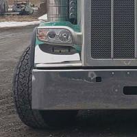 Peterbilt 388 389 Fender Guard On Truck Close Up