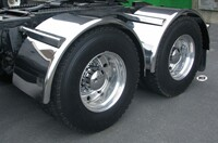 "80"" Semi Truck Single Axle Smooth Stainless Steel Fenders On Truck"