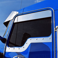 Kenworth Daylite Door Under Window Trim Side View