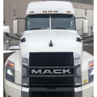 Mack Anthem Granite Center Windshield Trim On Anthem