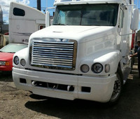 Freightliner Century Grill Louvered 2004 & Older
