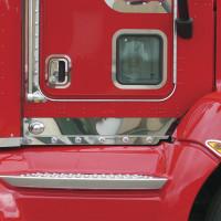 Kenworth T660 Kick Panels Red Truck