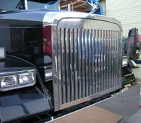 Freightliner FLD 120 Classic Grill Stainless Steel Vertical Bars