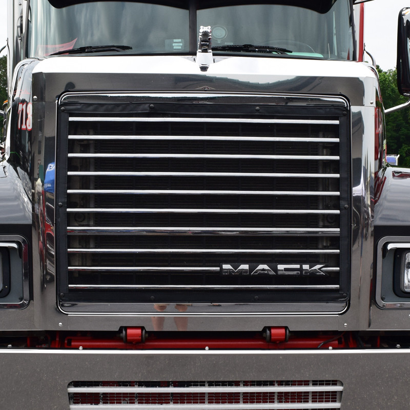 Mack CH Grill Surround Bug & Side Grill Deflector Combo