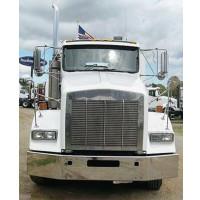 """Kenworth T800 Chrome 14"""" Bumper Square Break Back 1986-2003 on White Truck"""