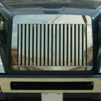 Volvo VNL 670 730 780 Grill with Vertical Bars 2004 & Newer Close Up