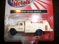 Classic Metal Works - HO Scale 1960 Ford Tank Truck Valvoline Oil 30456