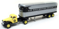 Classic Metal Works - HO Scale '41-46 Chevy Tractor Trailer Lee Way #31173