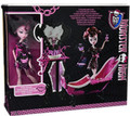 Monster High Draculaura with Powder Room Set Plastic Doll and Accessories
