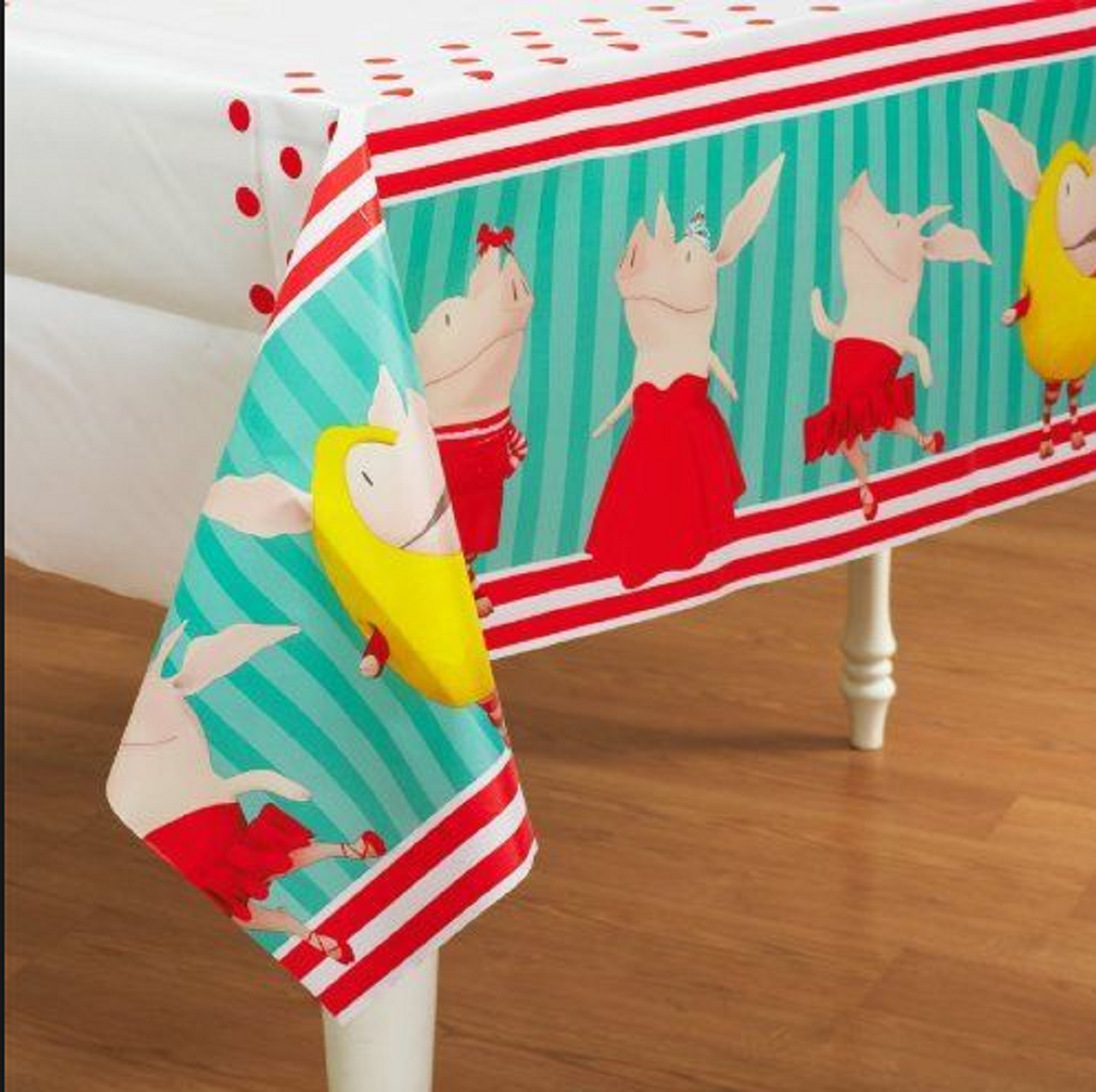 Olivia the Pig Plastic Tablecover Table Cover