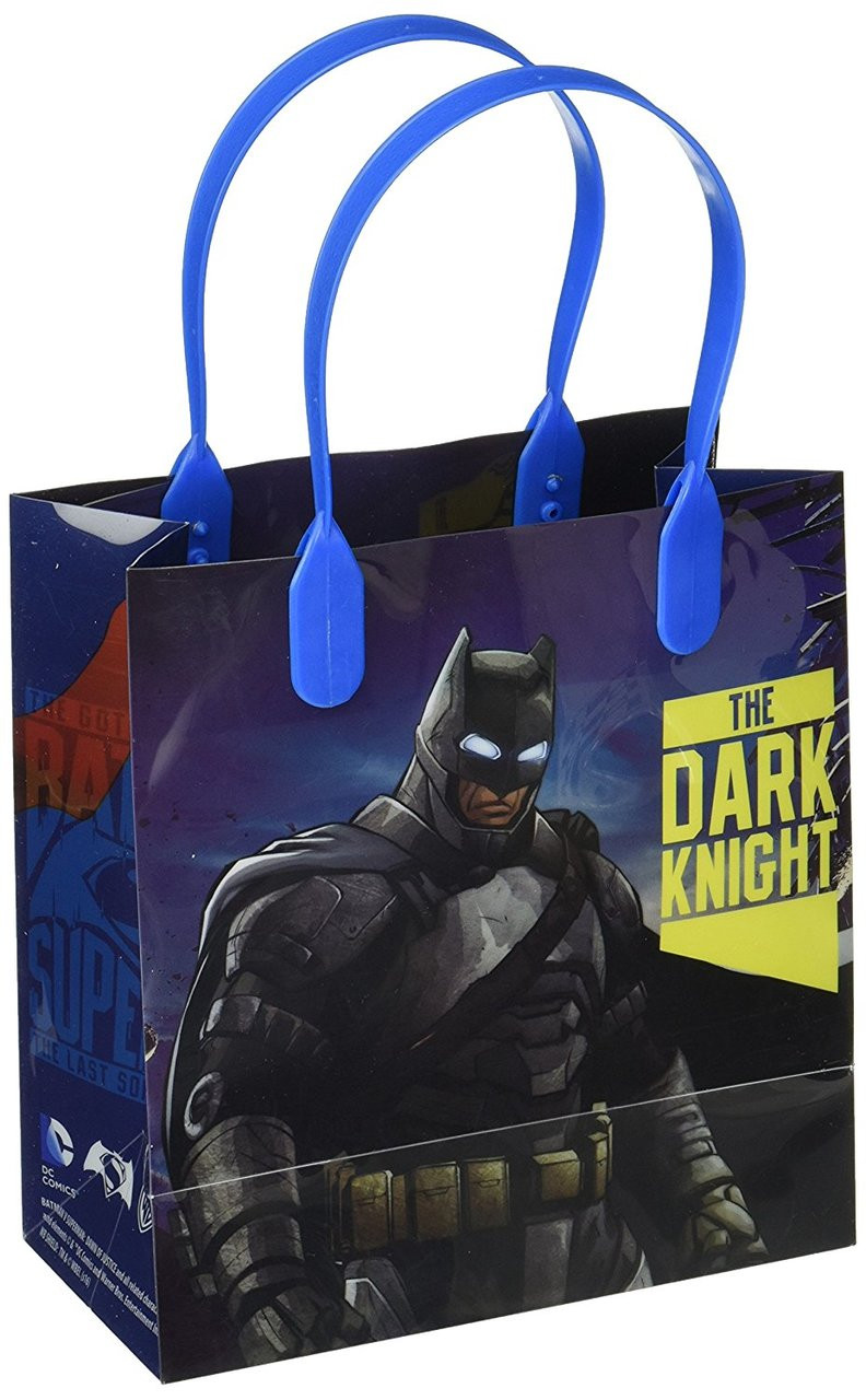 Batman vs Superman Dawn Justice Party Favor Goodie Small Gift Bags 12