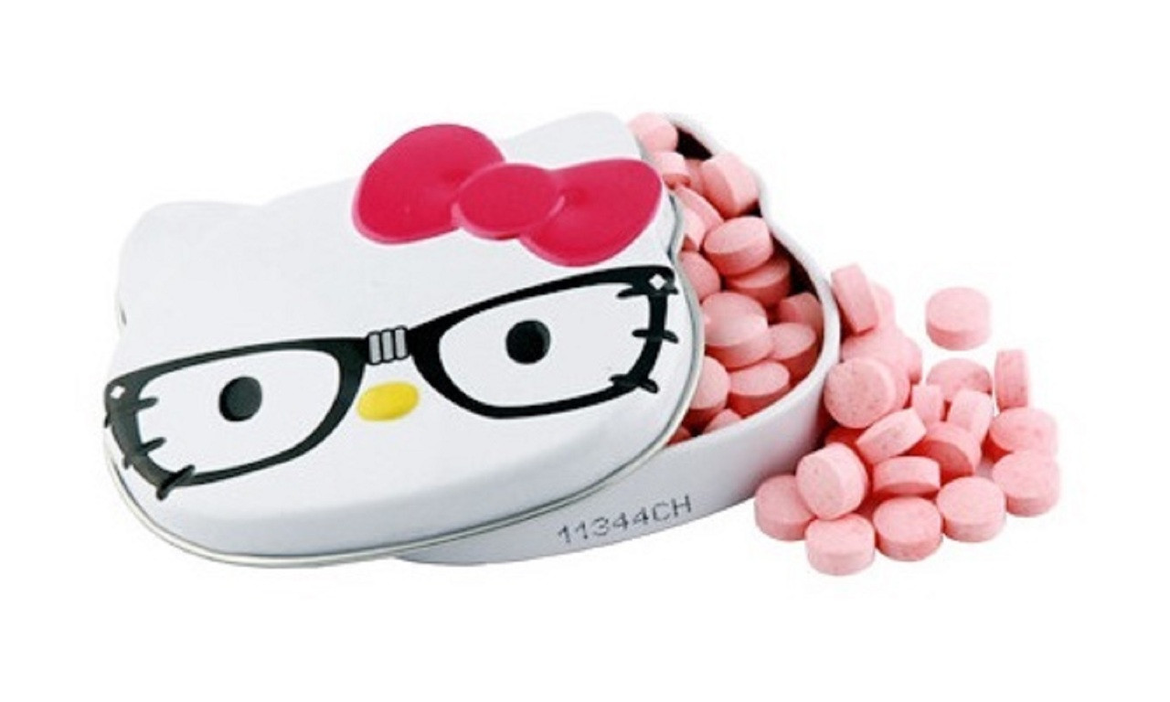 Candies - Hello Kitty - in Mini Tin Container - Pink