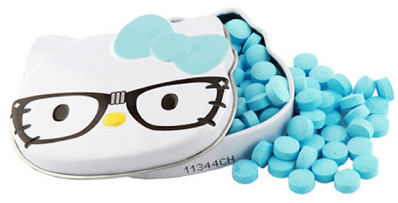 Candies - Hello Kitty - in Mini Tin Container - Blue