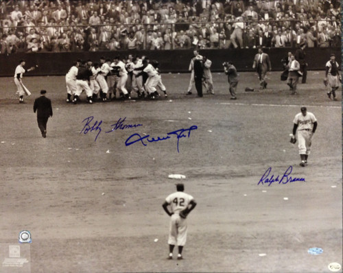 This limited edition 16x20 photograph has been signed by 3 members of the 1951 Giants and Dodgers.