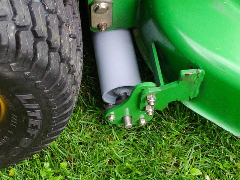 "Lawn Striper Kit for John Deere 920M & 920R with 48"" 7-Iron Mulch on Demand Deck, Model Year 2014"