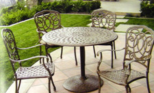 Darlee Florence Patio Furniture Dining Set with Pedestal - Seats 4