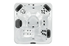 Bullfrog Spas Model R6L - 6 Person Hot Tub