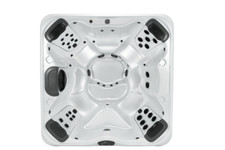 Bullfrog Spas Model R7 - 6 Person Hot Tub