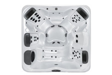 Bullfrog Spas Model R7L - 6 Person Hot Tub