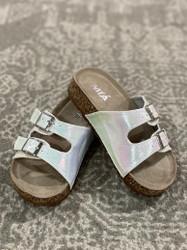 Mia Daisy White Metallic Sandal