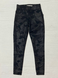 Tractr Black Camo Legging with Pockets