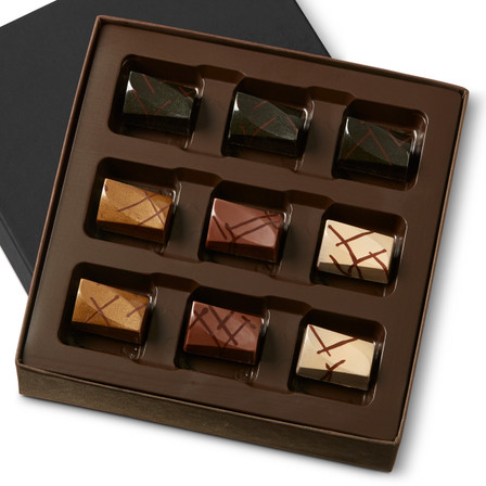 VARIETY BROWNIES Nine Pieces in a gift box