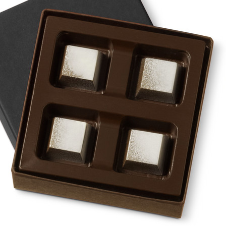 PLATINUM Four Pieces in a gift box