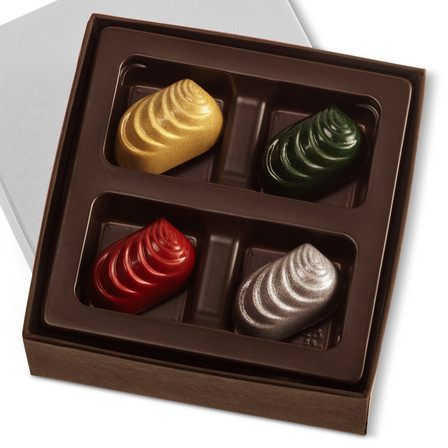 VARIETY HOLIDAY CARAMELS Four Pieces in a gift box