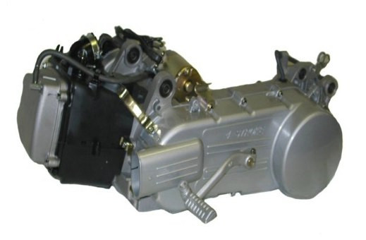 (17) 150cc Chinese Scooter Engine (This is a Long Case GY6)