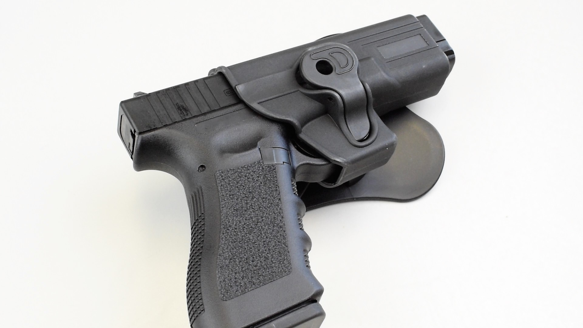 Glock Officially Licensed Airsoft Training Pistols | Fox
