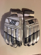 IPL Special Edition Kings XI Punjab Mens RH Batting Gloves