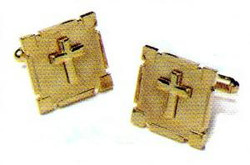 Cufflink Set in Gold w/ a Gold Cross