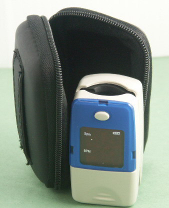 Semi Hard carrying case for fingertips oximeter