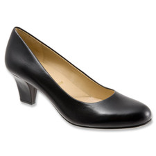 Trotters Penelope Black Leather. Enjoy graceful simplicity with the Trotters Penelope Signature pump.  Crafted of leather or patent leather upper for versatile style, this women's dress shoe has a self-wrapped heel for flattering lift.