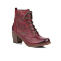 Remonte R4670-35 Womens Red Fashion Casual Boot A gorgeous style this Autumn Winter is the Remonte R4670-35 PONLEAF, a ladies burgundy ankle boot. The smooth leather upper is burnished on the toe front and heel back and features pretty leaf details on the side A zipper closure make them easy to take them on and off and frontal laces provides custom adjustability.