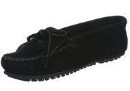 Minnetonka Women's Kilty Suede Moccasin - Black
