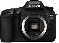 Canon EOS 7D DSLR Body 18MP with BG-E7 Battery Grip (Used)