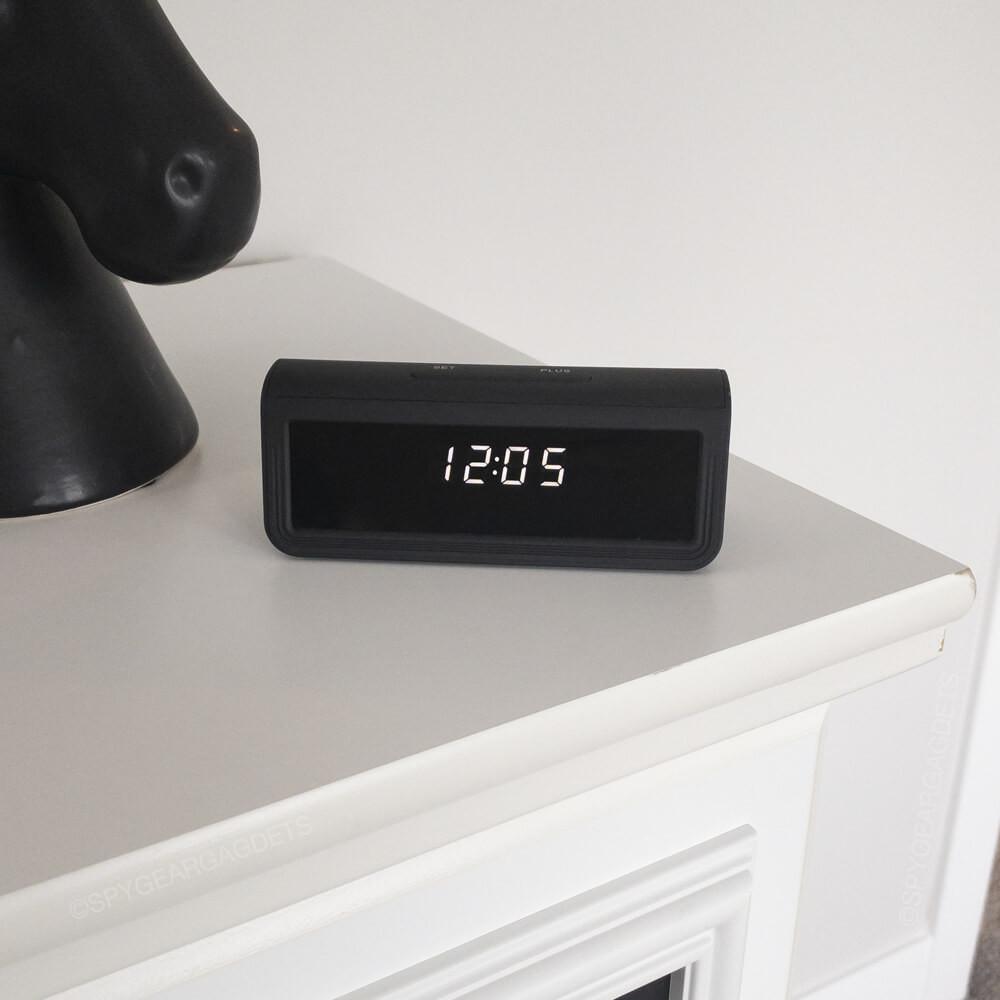 4K Desk Clock Camera