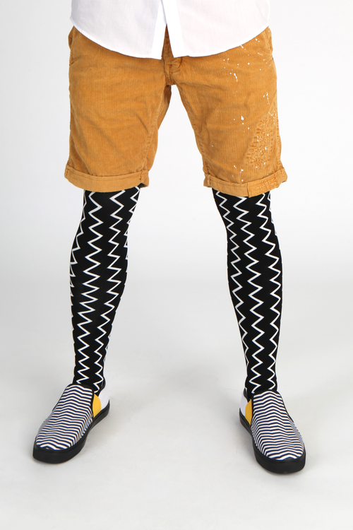 Street / fashion styling suggestion for wearing Emilio Cavallini's ZigZag male tights / mantyhose / pantyhose for men.