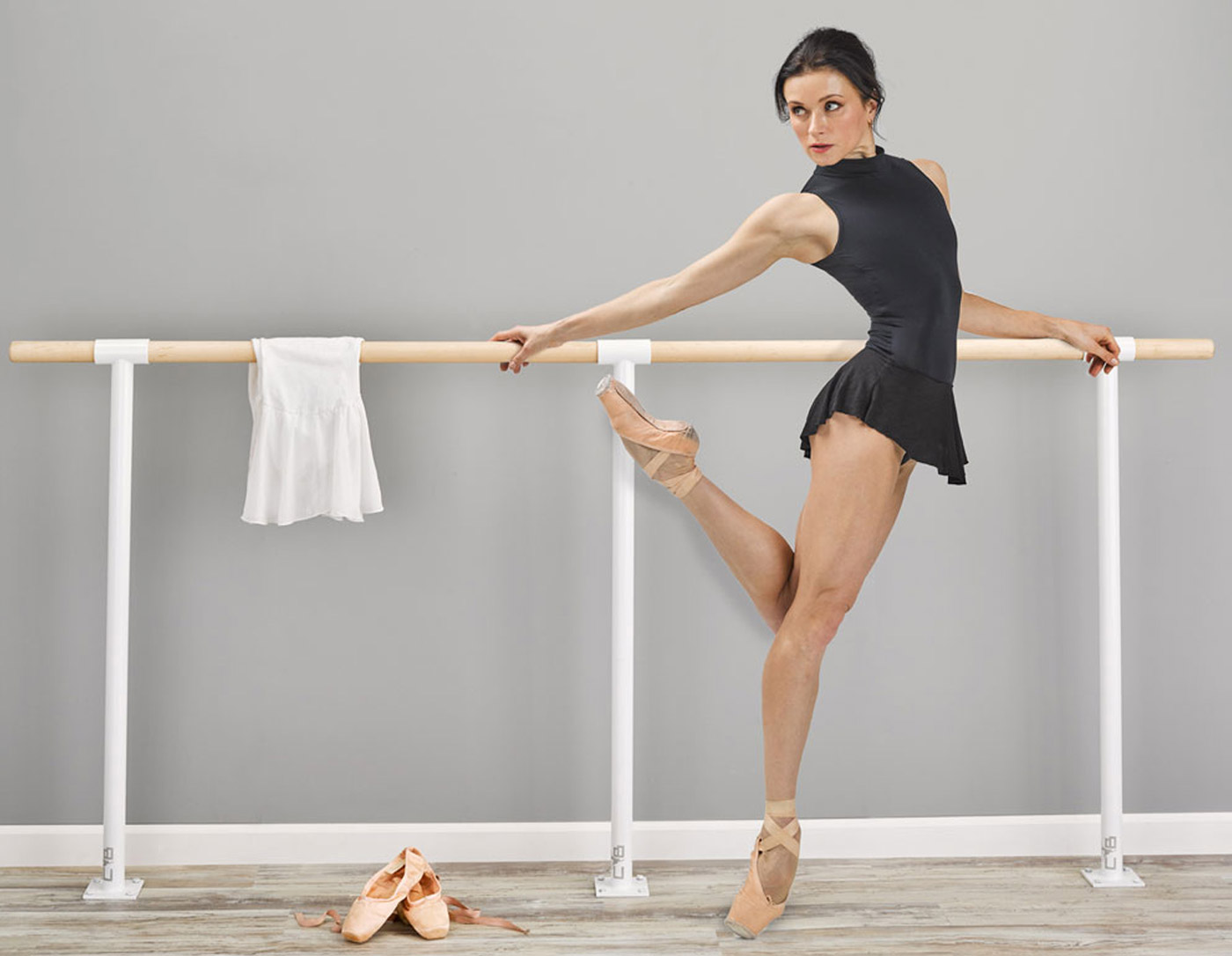 studio-wall-mount-floor-mount-ballet-barre