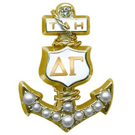 Crown Pearl Badge with 1 Diamond