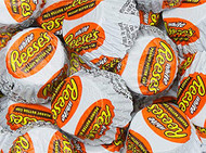 Reese's Peanut Butter Cups Mini White Chocolate Wrapped - 1.5 Pounds - Resealable Container