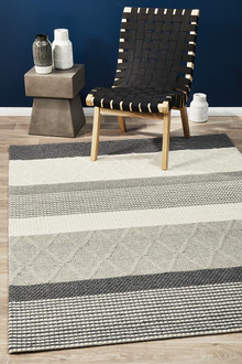 Studio 324 Silver Wool And Viscose Rug