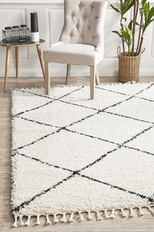 Shaba Diamond White Shag Rug