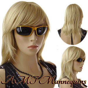 Wig 364: Golden Blond shoulder length