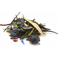 Who can resist the sweet smell and taste of fresh blueberries? Enjoy them as you sip this healthful blend of organic green tea and blueberries with a touch of fruity, tart hibiscus. Naturally rich in antioxidants and low in caffeine.