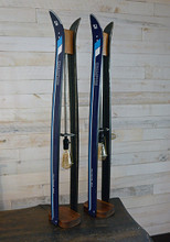 These cuter than heck ski lamps made from children's skis and will look fantastic on any end table in the house or cabin.