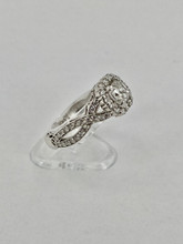 14 Karat twisted band Engagement Ring Setting